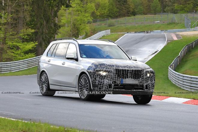 BMW X7 2022 chạy thử trên đường đua, sắp ra mắt