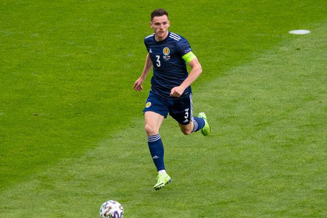 Hậu vệ trái: Andy Robertson (Scotland).