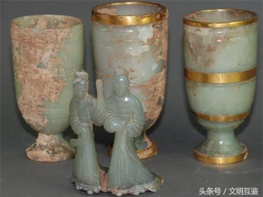 Cả gan bán bảo vật đào được trong lăng mộ hoàng đế, 3 người nông dân tưởng đổi đời - Ai ngờ! - Ảnh 1.