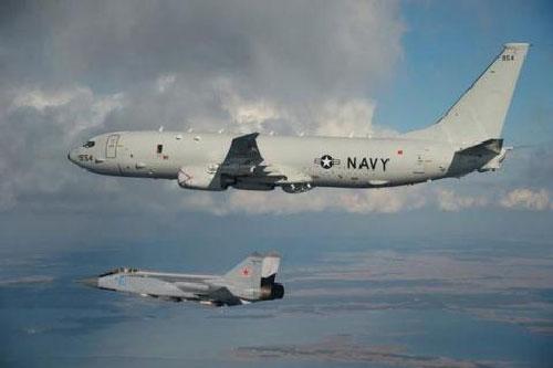 Fox News: MiG-31 chơi trò 'mèo vờn chuột' với P-8A
