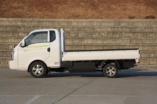 3. Hyundai Porter (doanh số: 6.930 chiếc).