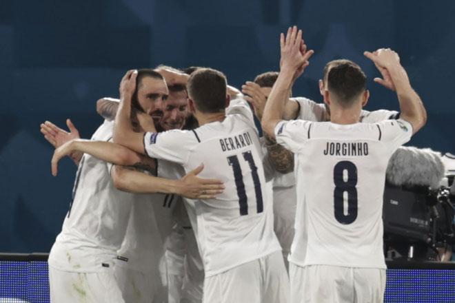 Lịch phát sóng EURO 2020 đêm 16, rạng sáng 17/6: 'Vé tàu sớm' cho Italia?