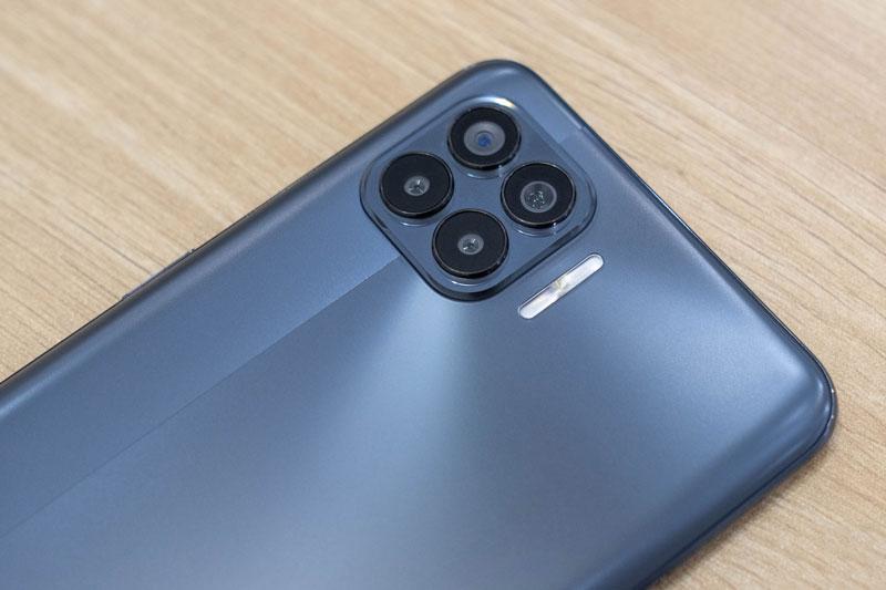 Oppo A93 với RAM 8 GB, 6 camera giảm giá sốc tại Việt Nam
