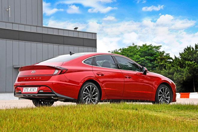 9. Hyundai Sonata (doanh số: 5.131 chiếc).