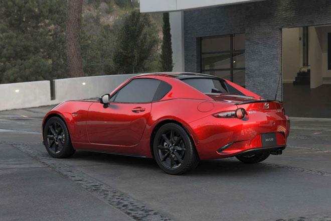 9. Mazda MX-5 (doanh số: 5.726 chiếc).