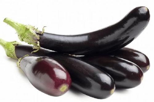 Mua cà tím chọn quả cong hay thẳng thì ngon, người trồng cây mách 4 mẹo cực chuẩn