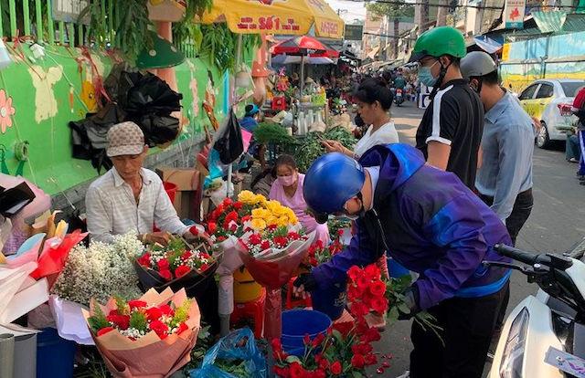 TP.HCM là nơi tiêu thụ hoa lớn nhất của các tỉnh, thành khác, trong đó có Lâm Đồng.