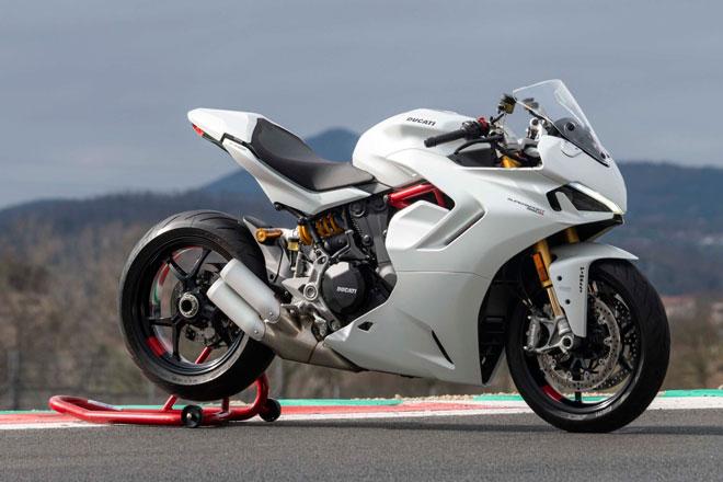 1. Ducati Supersport 950 và 950 S.
