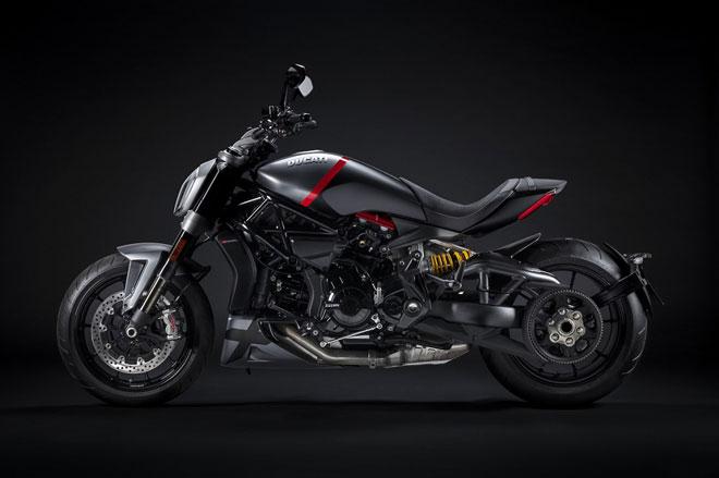 4. Ducati XDiavel Dark và Black Star.