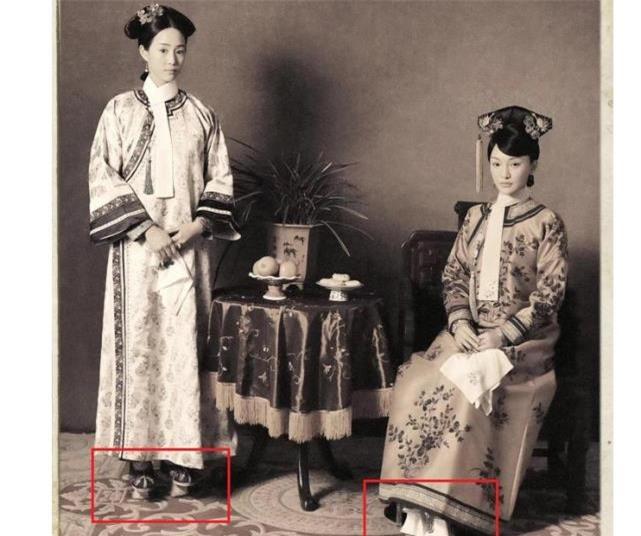 Cao từ 5-15cm, những đôi hài của phi tần nhà Thanh được dùng để làm gì? - Ảnh 1.