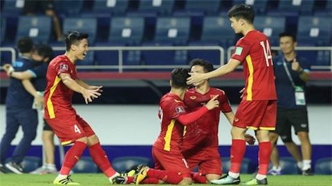 ĐT Việt Nam có nhiều cơ hội dự World Cup 2022 hơn Trung Quốc