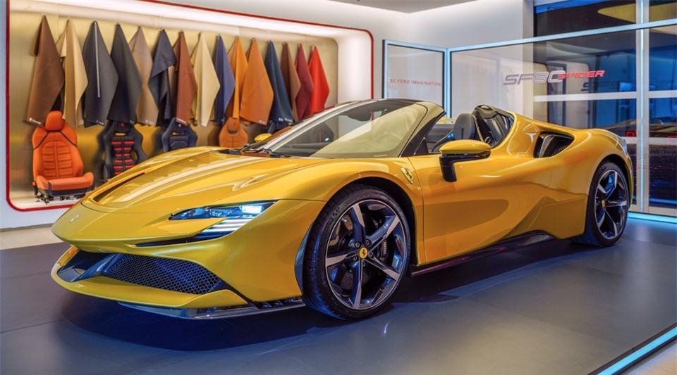 Ferrari SF90 Spider. Ảnh: Paultan