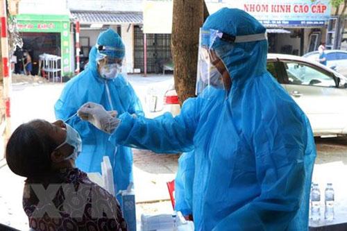 Việt Nam có thêm 136 ca mắc COVID-19 mới, chủ yếu ở Bắc Giang và TP.HCM
