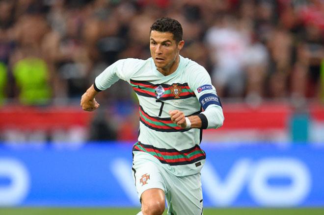 Cristiano Ronaldo: Kẻ chinh phục những kỷ lục