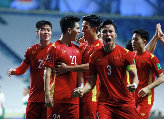ĐT Việt Nam tiếp tục gây bất ngờ với cả châu Á - Ảnh: VFF