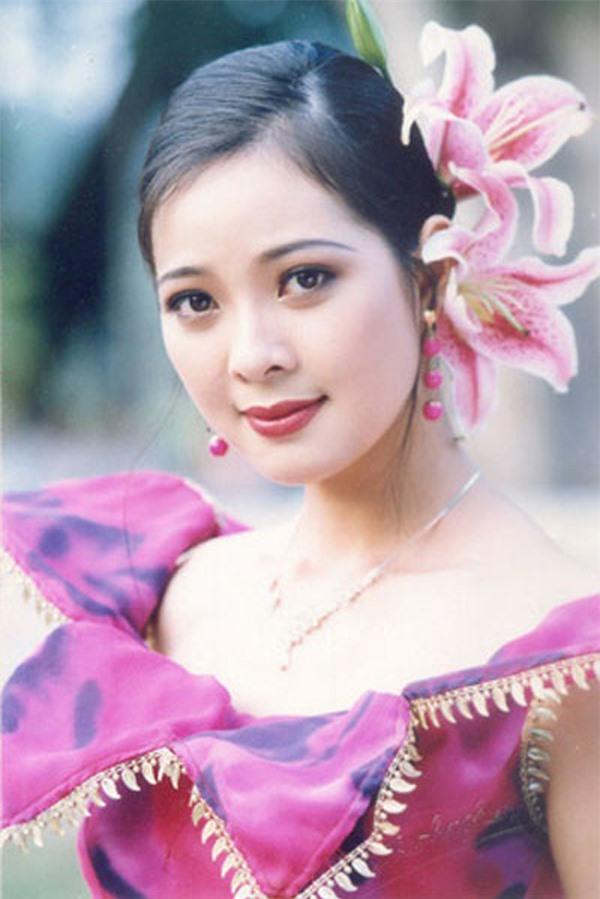 2 đối thủ của Hoa hậu Thu Thủy 27 năm trước giờ ra sao? - Ảnh 7.