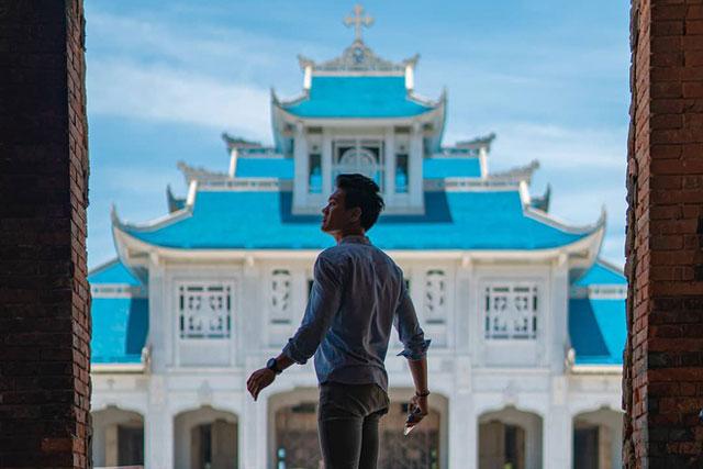 Vương cung Thánh đường Đức Mẹ La Vang hiện thuộc Tổng giáo phận Huế. Nơi đây được nhiều người biết đến là một trong những trung tâm hành hương lớn nhất Việt Nam. Ảnh: Yoanes Naftalianto.