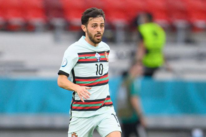Tiền vệ trái: Bernardo Silva (Bồ Đào Nha).