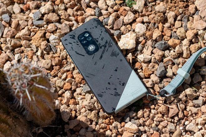 Smartphone 'nồi đồng cối đá', pin 5.000 mAh, giá gần 9 triệu đồng