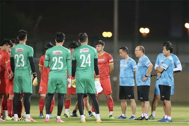 HLV Park Hang Seo lên kịch bản cho từng trận đấu của ĐT Việt Nam - Ảnh: Minh Anh