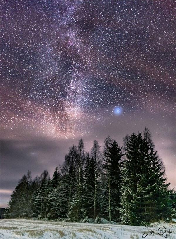 """Ngỡ ngàng với những bức ảnh huyền ảo, """"đẹp thần thánh"""" ở nơi toàn là bóng đêm - 16"""