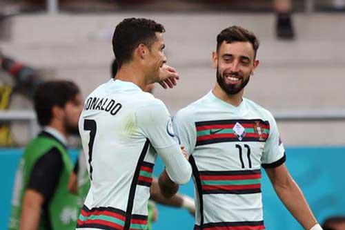 Ronaldo và Bruno Fernandes.