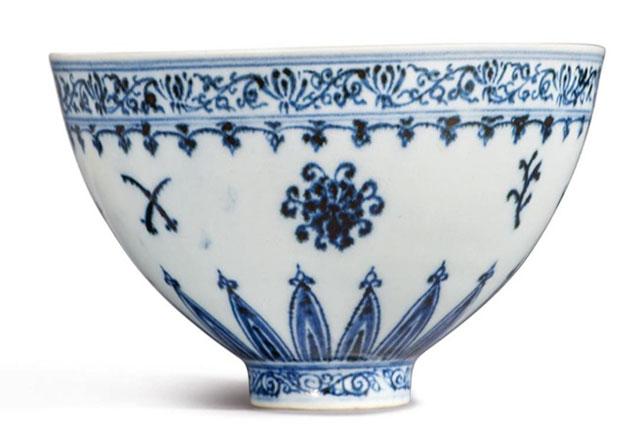 Kỹ nghệ sản xuất chiếc bát này không còn được tìm thấy trong các triều đại sau đó. Ảnh: Sotheby's.