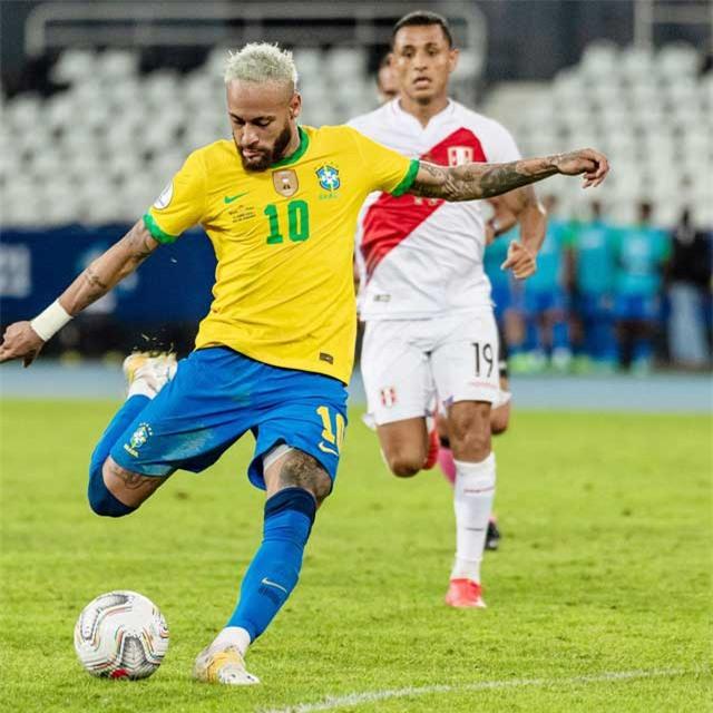 Ở thời điểm hiện tại, Neymar có thể ghi bàn vào lưới bất cứ đối thủ nào