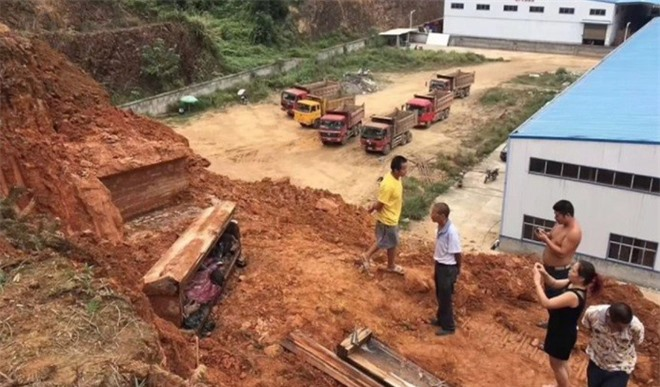 Ngôi mộ cổ thời nhà Minh được khai quật ở công trường, chuyên gia sững sờ khi mở quan tài - Ảnh 1.