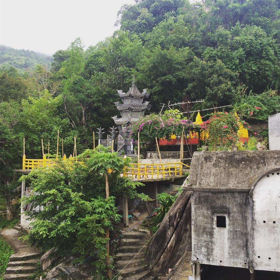 Núi Chứa Chan - Chùa Gia Lào: Điểm hẹn du lịch hấp dẫn