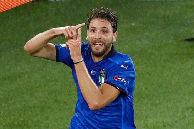 Tiền vệ trung tâm: Manuel Locatelli (Italia).