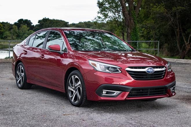 7. Subaru Legacy 2021 (giá khởi điểm: 23.820 USD).