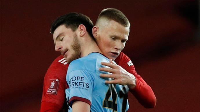 'Man United khỏi cần mua Rice vì McTominay còn hay hơn'