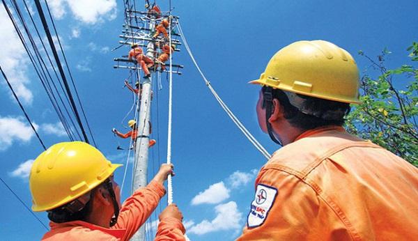 Công suất tiêu thụ điện toàn quốc phá vỡ mọi kỷ lục với con số tiêu thụ 42.146 MW