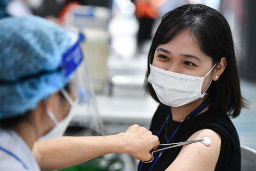 Việt Nam có thêm 133 ca mắc COVID-19 trong nước, riêng TP.HCM 70 ca