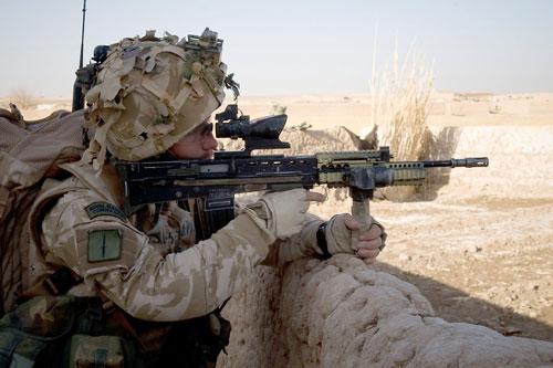 Khẩu súng trường tấn công chính xác nhất thế giới của người Anh