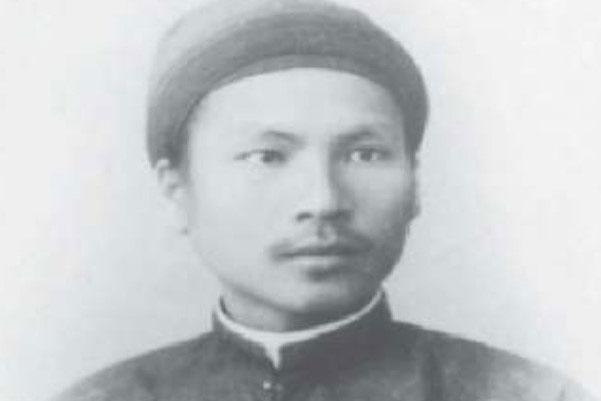 Hàm Nghi (1871-1943) là vị vua thứ chín của triều đại nhà Nguyễn. Nổi tiếng là ông vua yêu nước, Hàm Nghi có biệt tài hội họa và điêu khắc, với nhiều tác phẩm nổi bật. Chân dung vua Hàm Nghi. Ảnh: Thư viện Lịch sử.