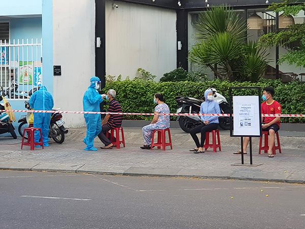 Đà Nẵng: Nhiều khu vực báo tin xét nghiệm 100% âm tính sau khi phát hiện ca mắc mới