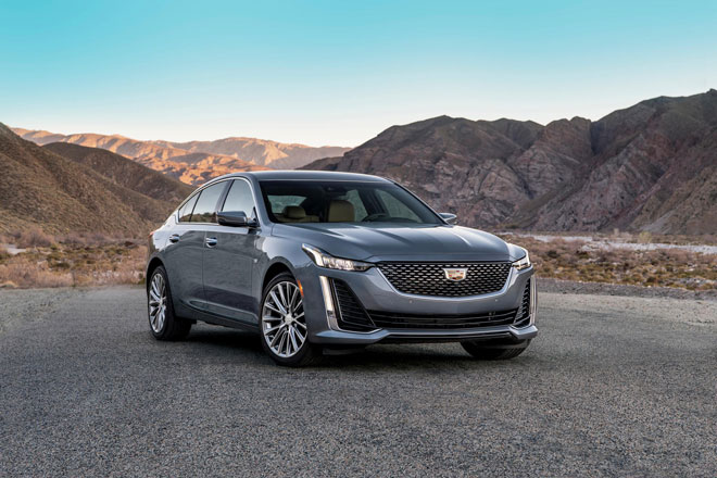 9. Cadillac CT5 2021 (giá khởi điểm: 38.190 USD).