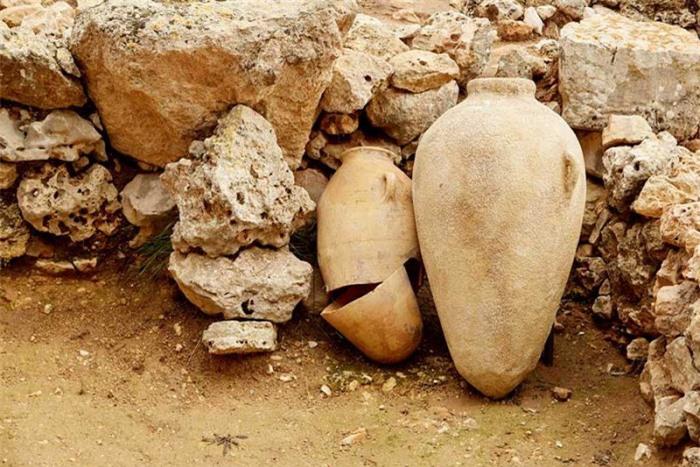 Bí mật kinh khủng được phát hiện trong bình gốm bị nguyền rủa cách đây 2300 năm 1