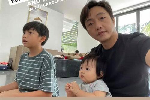 Một ngày ở nhà của Cường Đô La chỉ loay hoay làm việc này với Subeo và Suchin