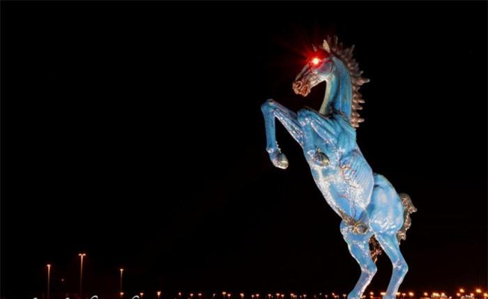 Những tác phẩm điêu khắc đáng sợ nhất thế giới khiến du khách phải bàng hoàng 1