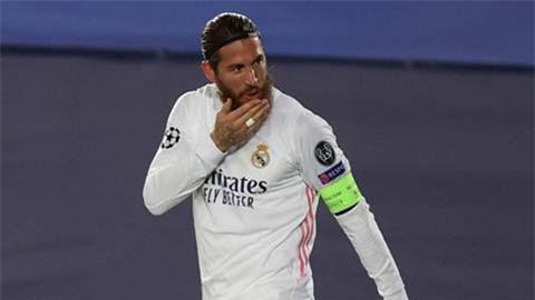 Ramos nói với đồng đội tại Real sẽ đến PSG