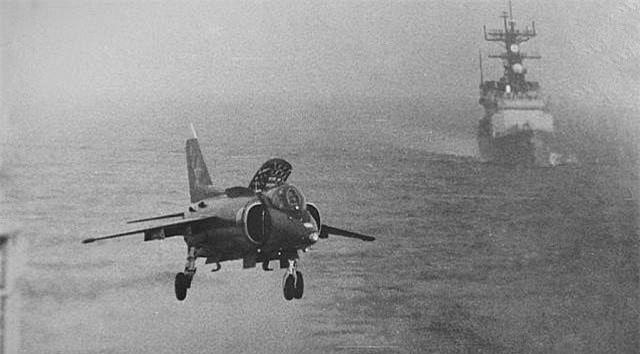 Yak-38, loai tiem kich ham di truoc thoi dai cua Lien Xo-Hinh-8