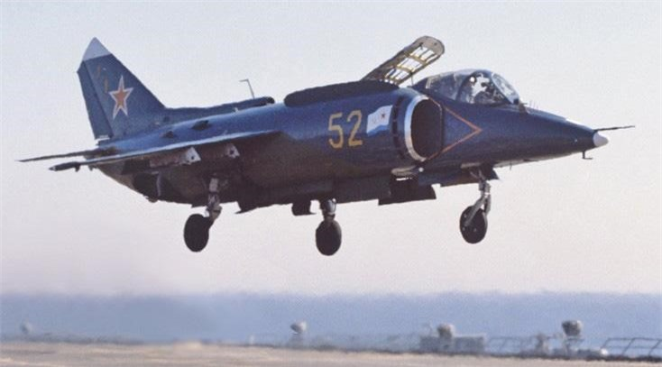 Yak-38, loai tiem kich ham di truoc thoi dai cua Lien Xo-Hinh-9