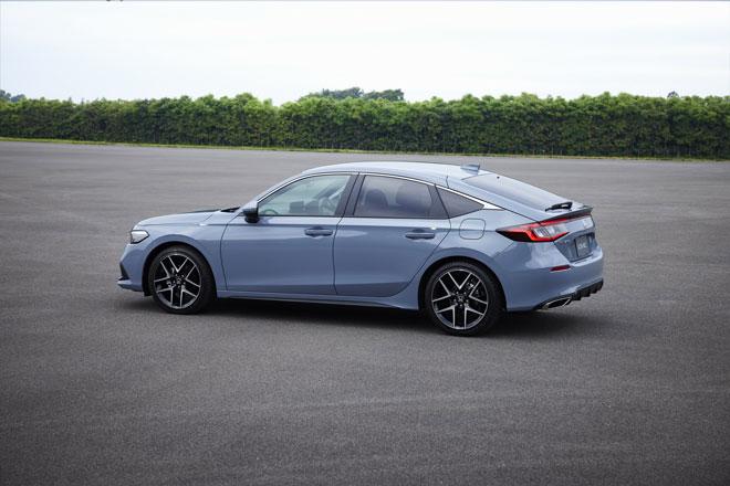 Honda Civic Hatchback 2022 ra mắt: Động cơ tăng áp, số sàn 6 cấp