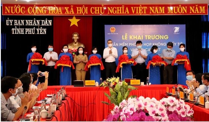 Tỉnh Phú Yên khai trương phần mềm phòng họp không giấy VNPT E-Cabinet.