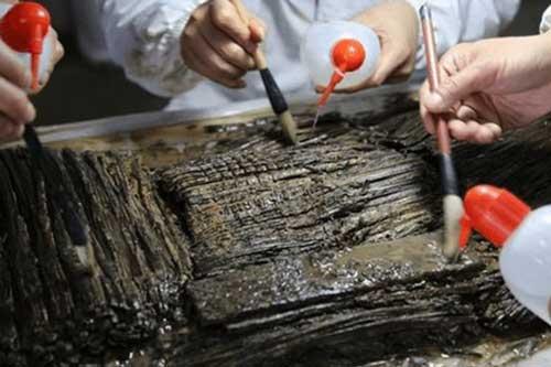 Bước vào lăng mộ hoàng gia xa xỉ, đội khảo cổ mừng rỡ: Không phải 120kg vàng, đống bùn này mới chứa kho báu!