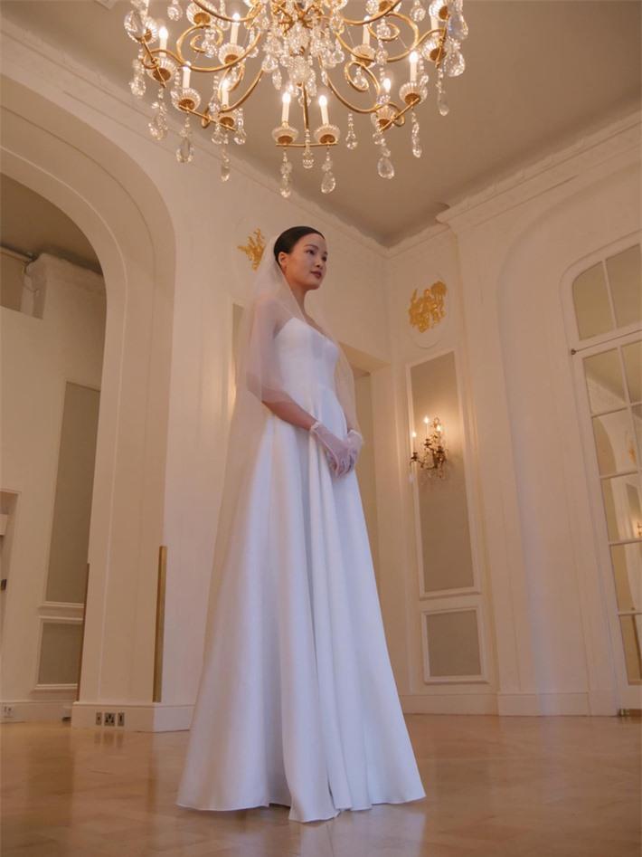 Á quân Vietnam's Next Top Model Chà Mi tung toàn bộ ảnh trong đám cưới đơn giản bên ông xã gốc Hoa - Ảnh 4.