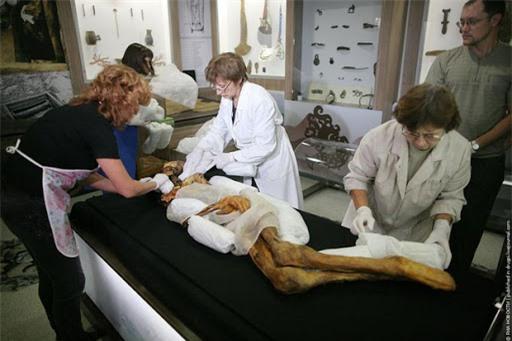 Bí ẩn xác ướp nàng công chúa 2.500 năm tuổi mang hình xăm nghệ thuật vẫn còn nguyên vẹn - ảnh 3